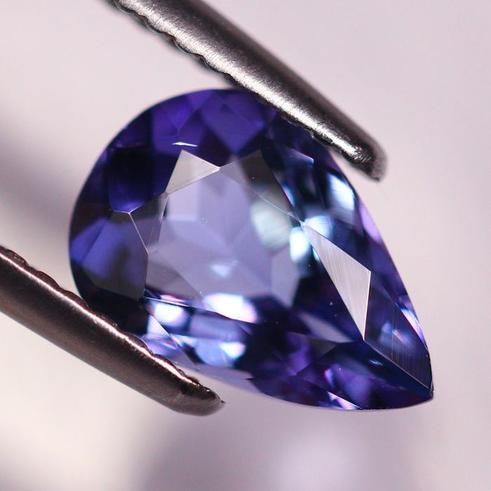 1 pcs Blue, Violet Tanzanite - 1.65 ct