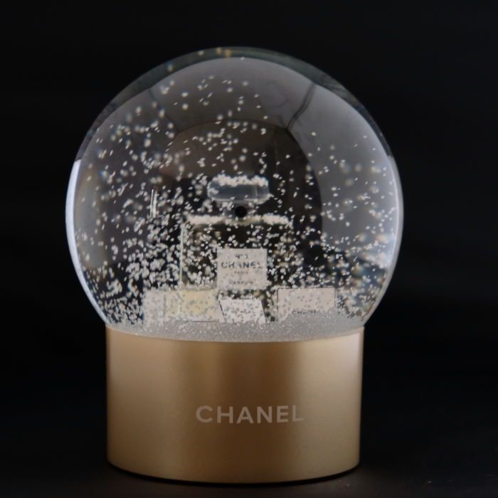 Chanel Nº5 decoration - Glass