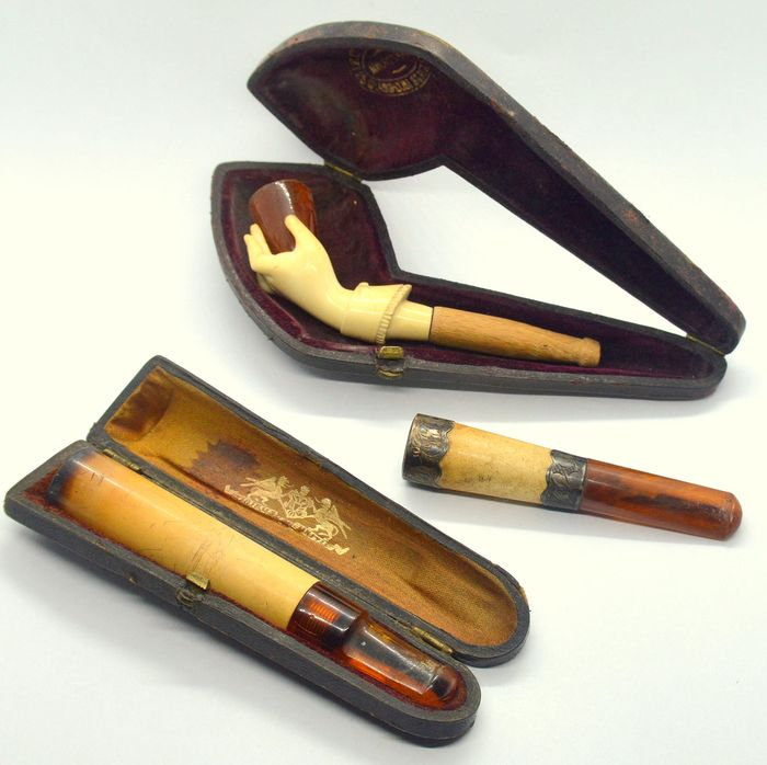 Cigarette holder and pipes with original cases (1) - Amber, Bone, Silver, Wood