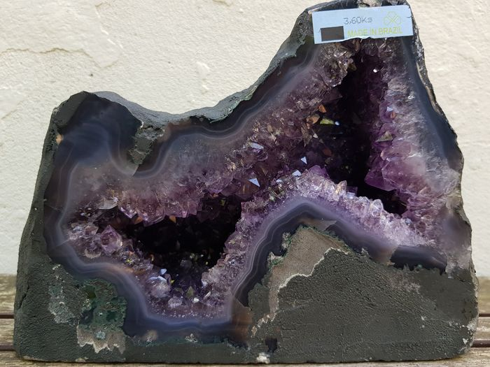 Amethyst (purple variety of quartz) Geode - 9×16×20 cm - 3600 g - (1)