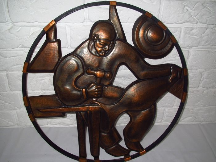 Very special wall decoration / artwork of a blacksmith, signed - copper