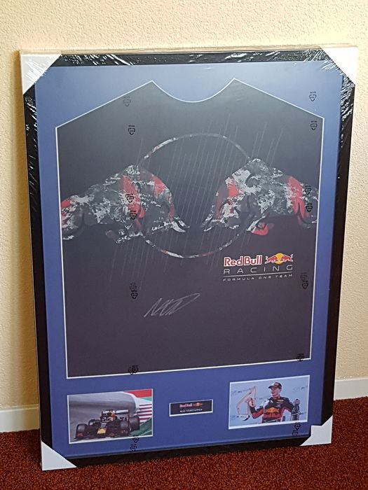 Formula One - Max Verstappen - hand signed framed Red Bull Racing jersey