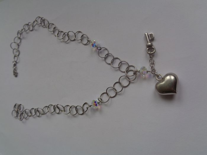 Silver - Necklace with pendant