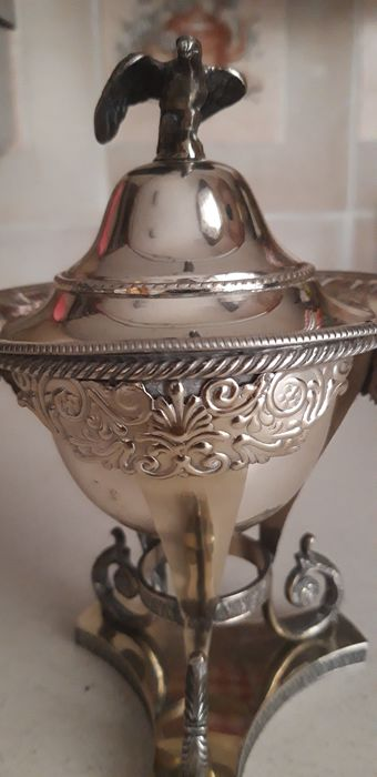 Sugar caster (1) - .800 silver - Italy - First half 20th century