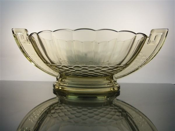 "Val Saint Lambert - Charles Graffart - art deco coupe ""Romeo"" in rare topaz color. - Crystal"