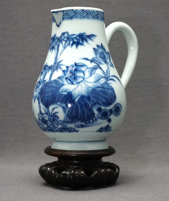 Aiguière - Porcelaine - Exceptional painted - Lotus and bamboo - Chine - Yongzheng (1722-1735) - Qianlong (1735-1796)