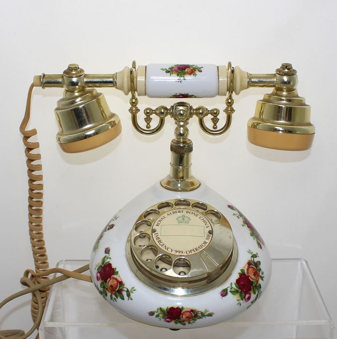 Royal Albert - Telephone - Old Country Roses - Brass, Porcelain