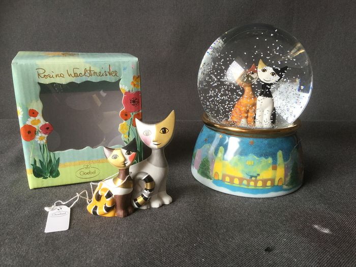 Rosina Wachstmeiter - Goebel - Two cats and a music ball - Porcelain