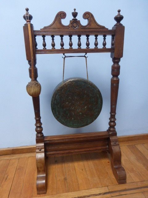 Dinner gong - Edwardian - Bronze, Oak - circa 1900