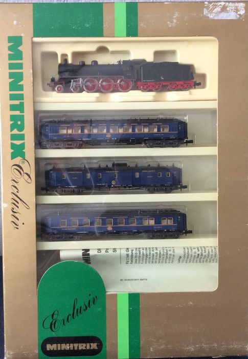 Minitrix N - 11406 - Train unit - Orientexpress with steam locomotive BR17 and 3 Personcars - DRG