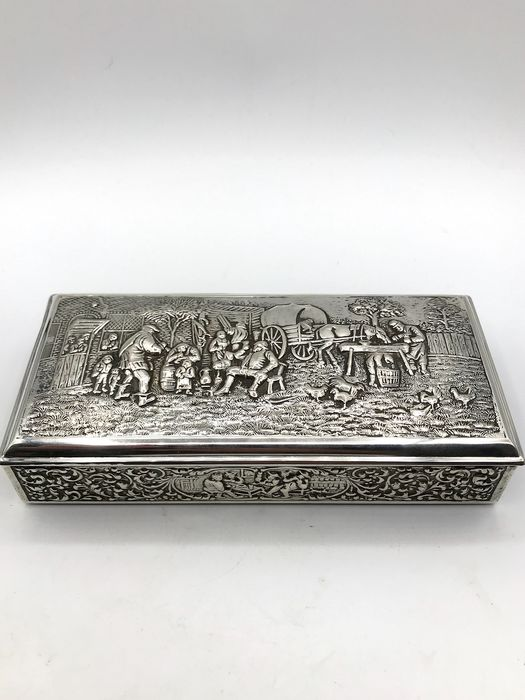 H.Hooykaas Schoonhoven  - Very large, heavy handmade Dutch silver Cigar box - Silver