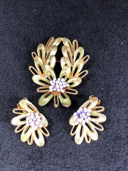 Gold-plated - Florenza large brooch earrings set