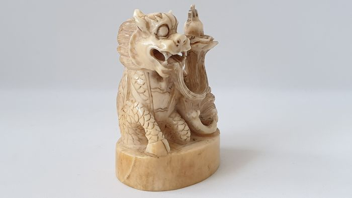 Ivory Seal with sitting Dog of Fu - Ivory - China - Late 19th century
