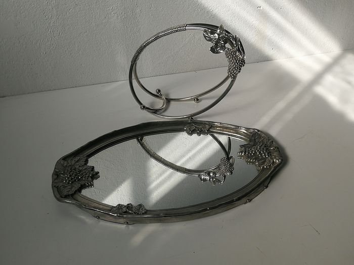 Mirror serve-tray with grape decoration and bottle holder with grape decoration - metal; Silver plated, aluminum - mirror glass