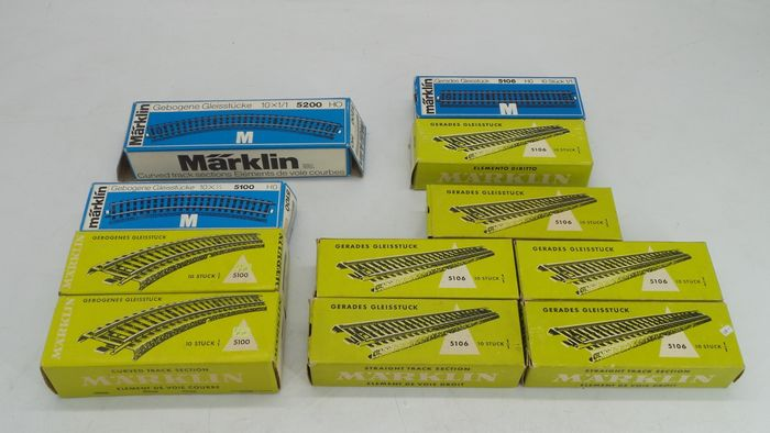 Märklin H0 - 5106/5100/5200 - Tracks - 110-part M-rail package with straight and curves
