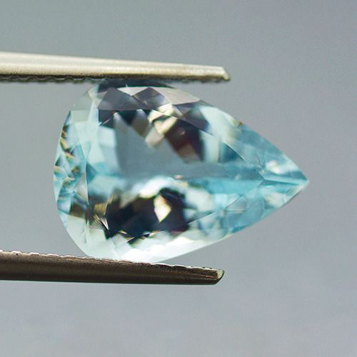 Blue Aquamarine - 2.73 ct