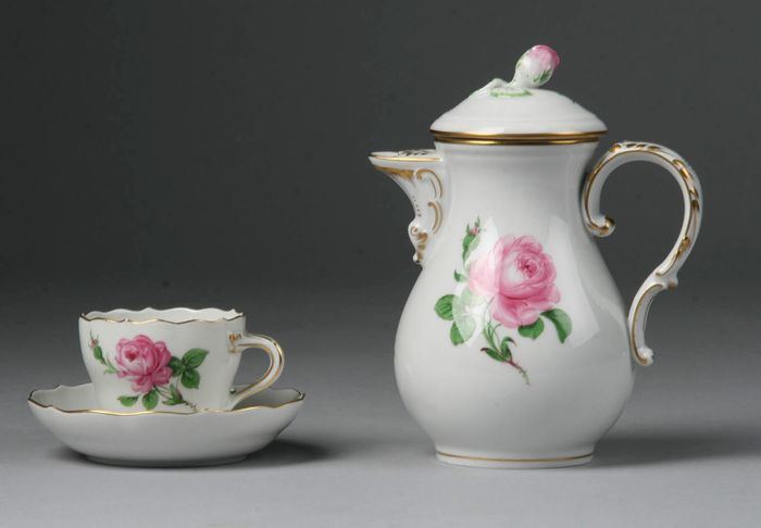 Meissen - Coffee pot, Cup and saucer - Porcelain