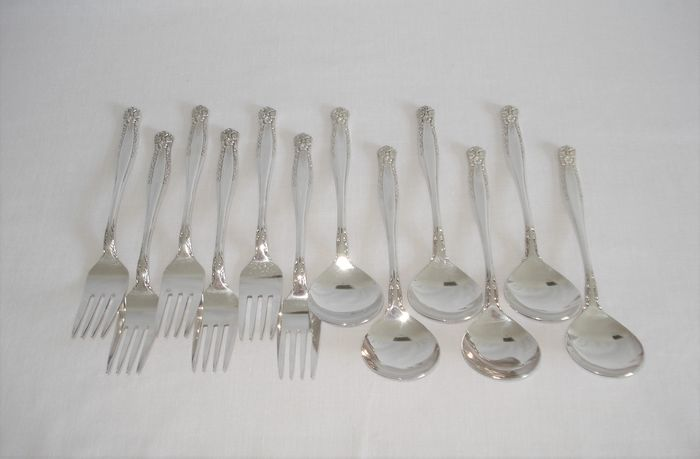 6 spoons. 6 forks. (12) - Silver plated - Australia - 1960.