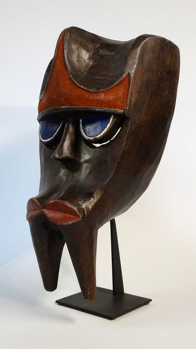 Gorilla mask (called Gon or Ngon) - Wood - Kwele / Bakwele - Cameroon
