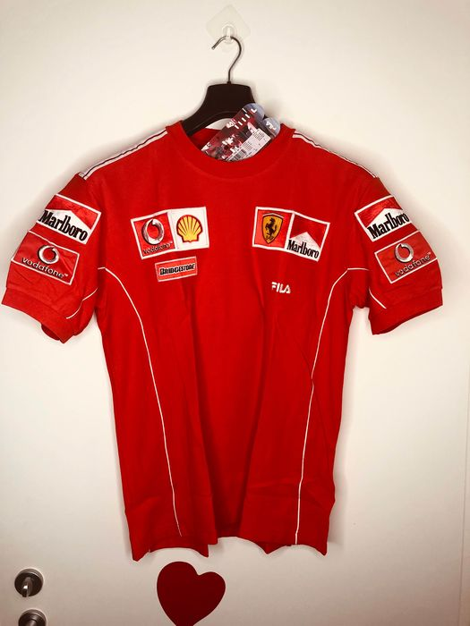 Ferrari - Formula One - M. Schumacher -  R.Barrichello - 2004 - Team wear