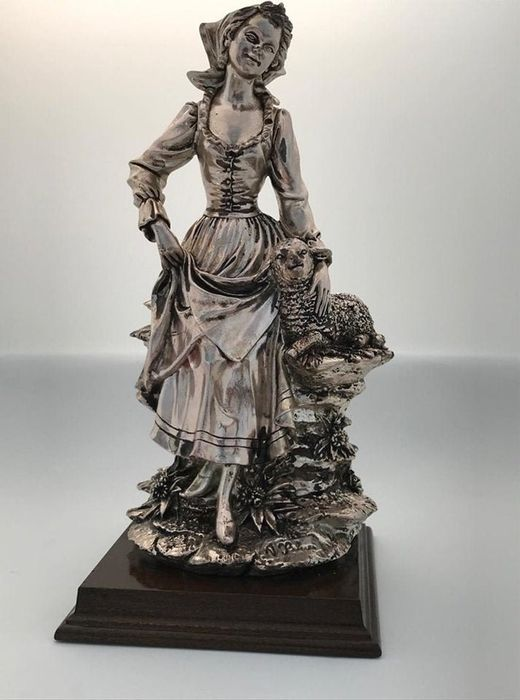 Peasant Statue in Silver Laminate (1) - Silver laminated - Italy - mid 20th century
