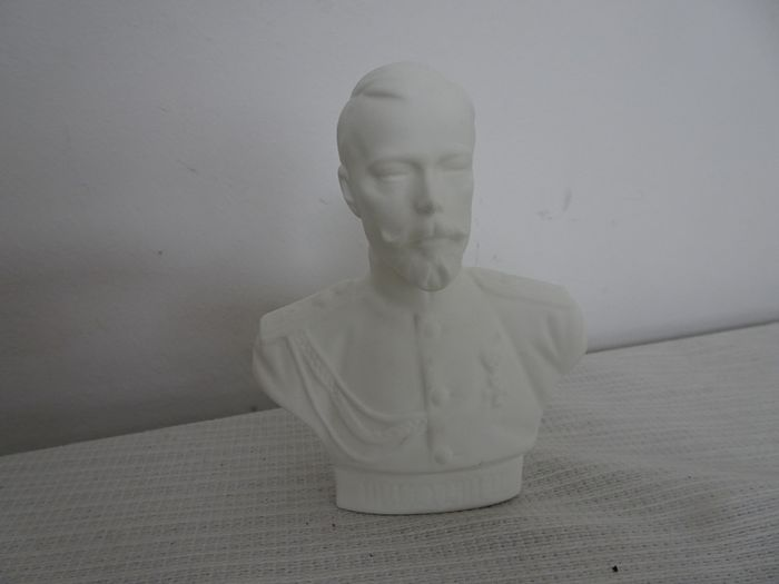 Biscuit porcelain bust of Tsar Nicholas 2 of Russia (1) - biscuit porcelain