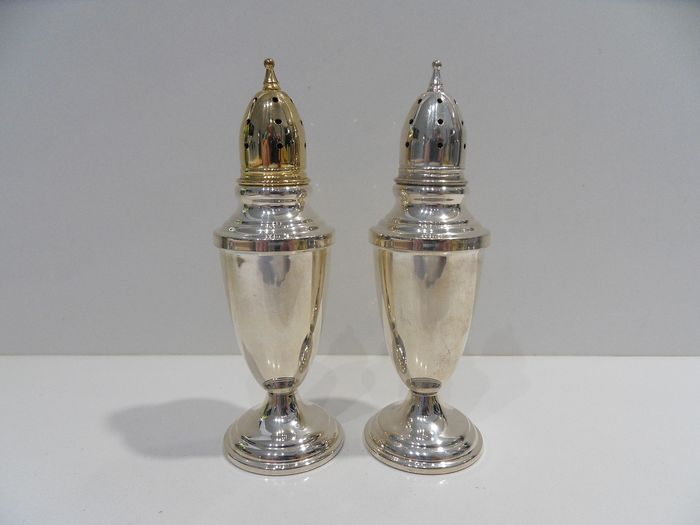 Towle - Towle - Sumptuous pair of salt and pepper (2) - .925 silver