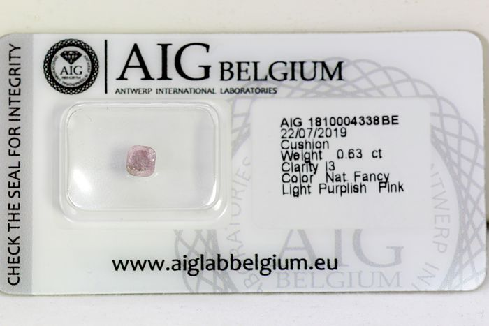 Diamond - 0.63 ct - Cushion - PINK - * NO RESERVE PRICE *