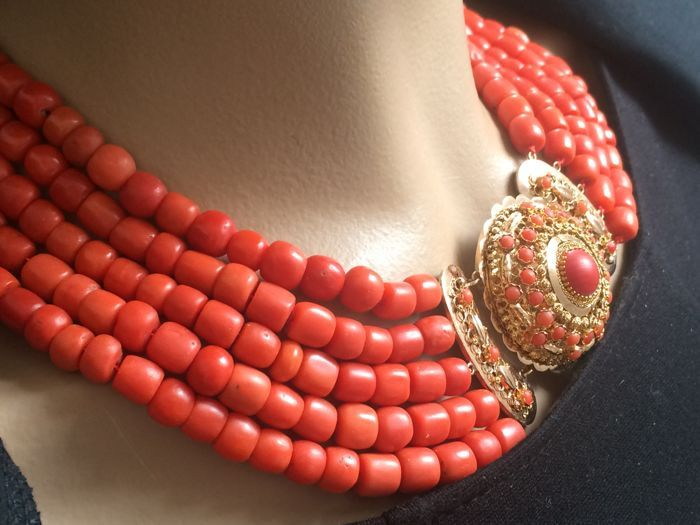 14 kt. Gold - Necklace Red Coral