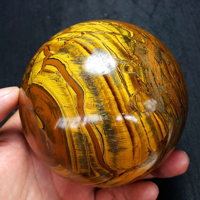 Natural Tiger's Eye  Sphere Ball  - 90×90×90 mm - 1145 g - (1)