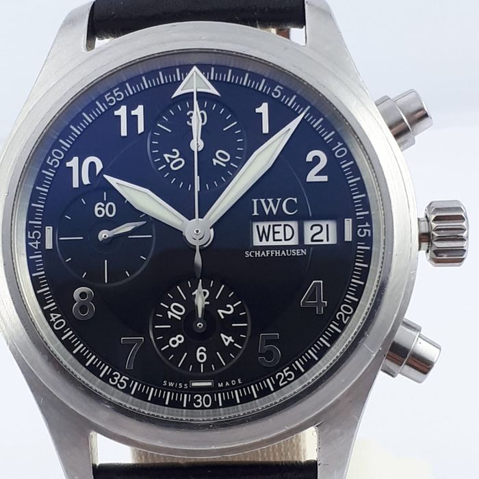 IWC - Pilot Chronograph Automatic  - IW3706 - Homme - 2000-2010