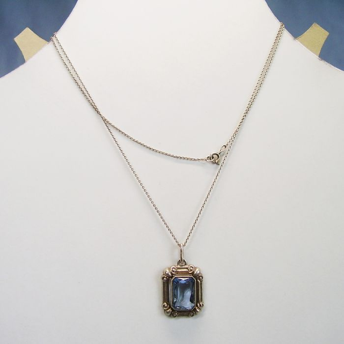 835 Silver - Necklace, Pendant - 8.00 ct Light blue Spinel