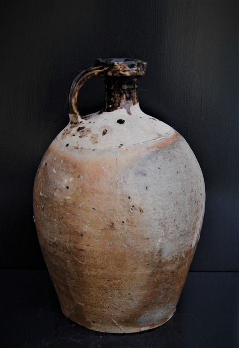 French oil jug of antiques - Earthenware