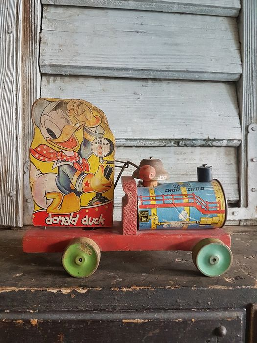 Walt Disney/Fisher Price - Pull Toy - Donald Duck - Choo Choo no. 450 - (ca. 1940's)