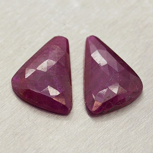 2 pcs  Ruby - 11.63 ct