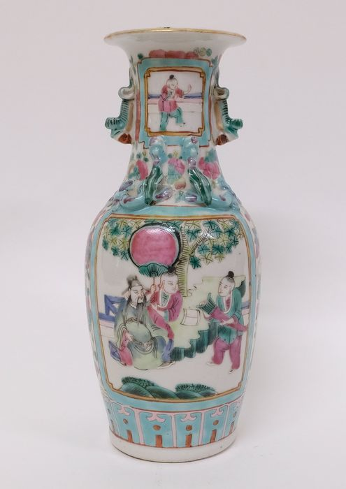 Antique Chinese porcelain famille rose Canton vase - Porcelain - China - 19th century