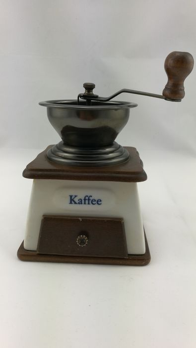 Coffee grinder - Wood, ceramic, stainless steel