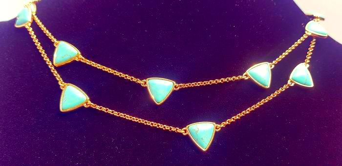 Ralph Lauren - exquisite gold plated turquoise colored stone necklace