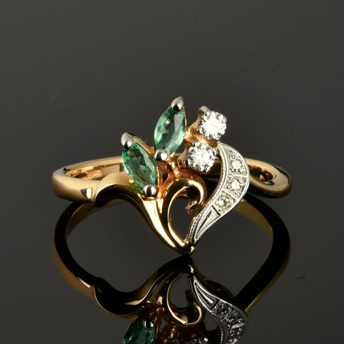 14 kt. Pink gold, White gold - Ring - 0.13 ct Diamond - Emerald