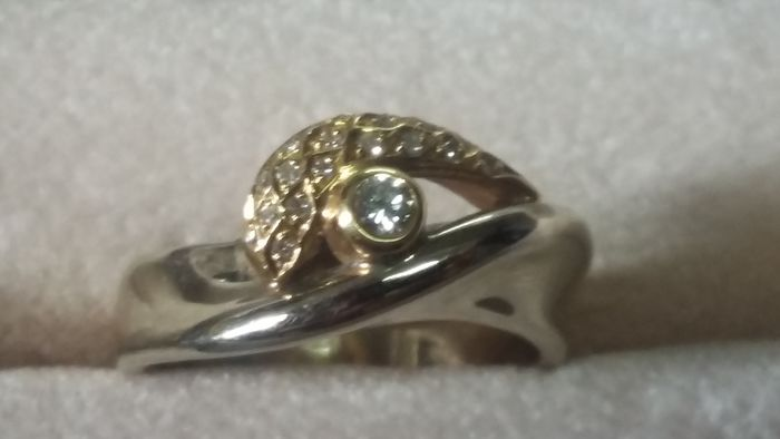 19,2 kt. white gold and yellow gold - Ring Diamond