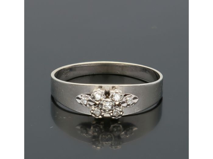 14 kt white gold - Ring - 0.06 ct diamond