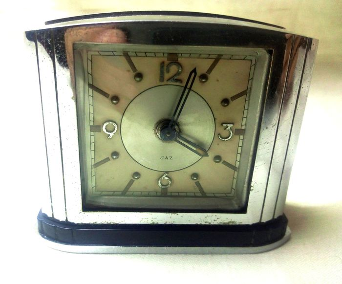 Jaz - Travel alarm clock - Art Deco - Iron (cast-iron/wrought iron), Nickel-plated