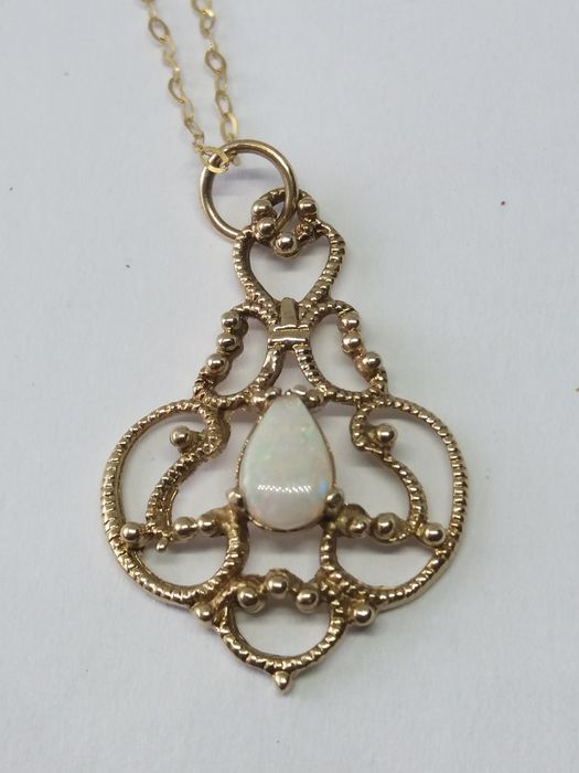 375 Yellow gold - Edwardian style Teardrop full Opal ornate gold pendant & gold necklace