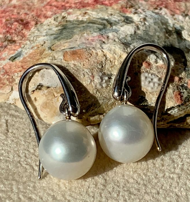 18 kt. Saltwater pearls, South sea pearls, White gold, Drop shape Ø 9x9,5mm - Earrings