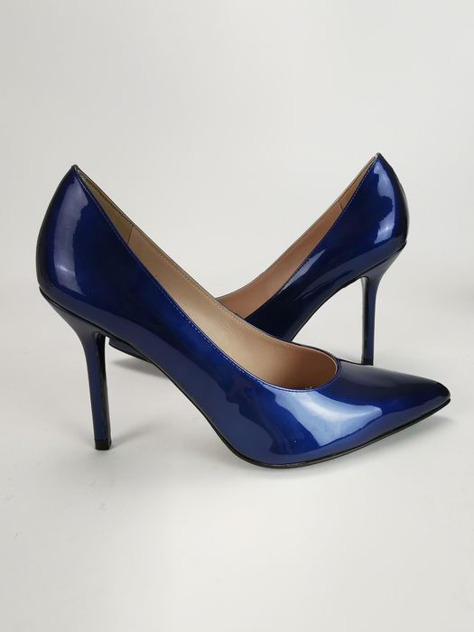 Escada Pumps Size: IT 37 Catawiki