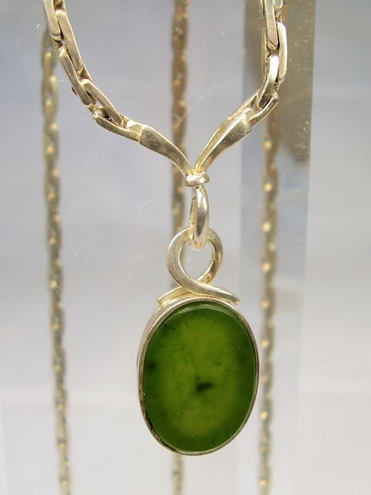 signiert GRO - 925 Silver - Necklace - 7.00 ct forest green, Canadian jade
