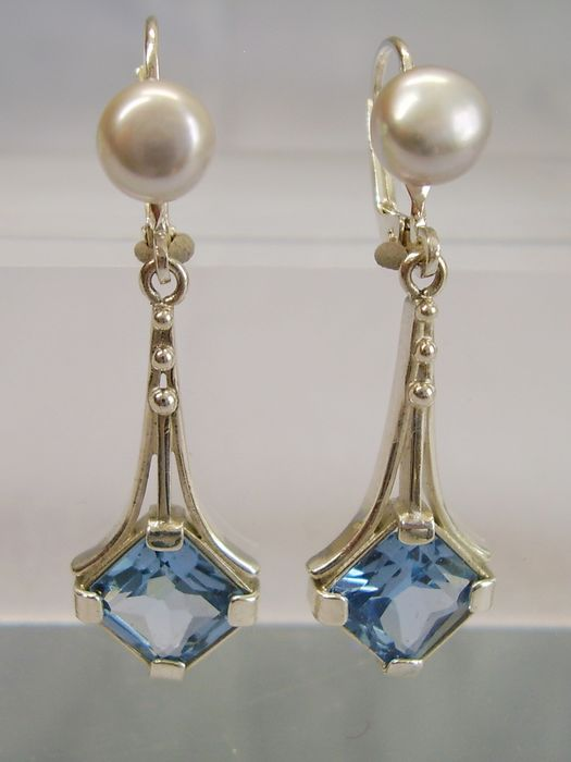 935 silver - earrings - 4.20 ct bright blue spinel