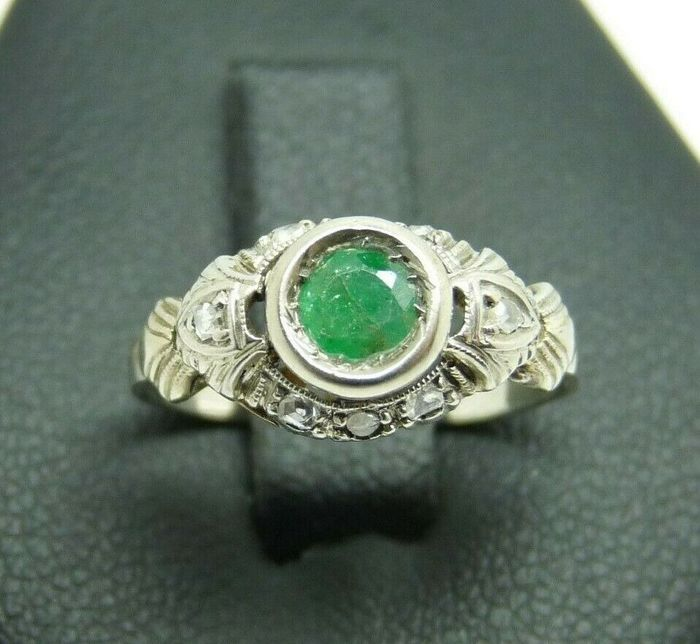 18 kt white gold - Emerald ring