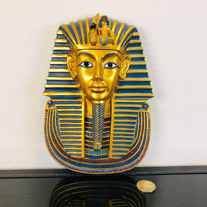 Special and very beautiful wall relief of Pharaoh Tutankhamun - Composite