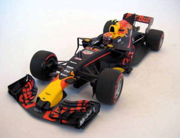MiniChamps - 1:18 - Red Bull Racing Tag Heuer RB13 - Max Verstappen - Australian GP 2017 - Mint Boxed - Limited Edition